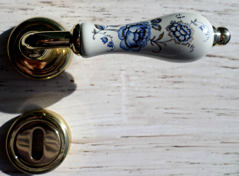 Maniglie Per Porte Interne In Porcellana.Maniglia Porte Interne Porcellana Fiore Blu E Oro